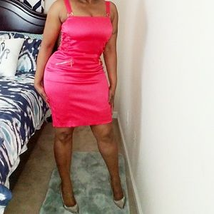 Cache fitted Pink Dress
